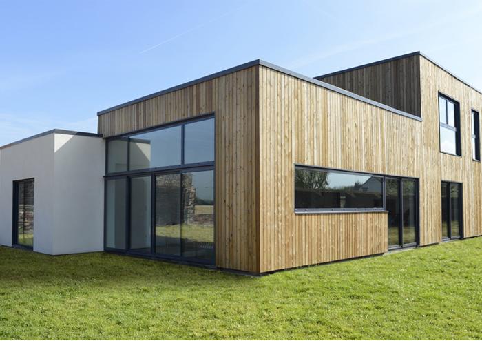 maison en vitrage chauffant ossature bois