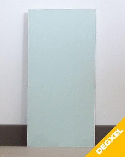 Petit radiateur électrique en verre